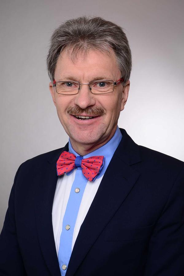 Walter Donges (Dipl.-Ing.)